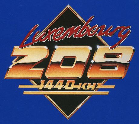 Radio Luxembourg où le succès d'une station qui n'émettait que le soir dans Archives logo_luxy208
